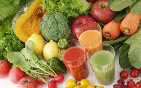 Овощные соки в стаканах
