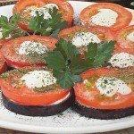 Баклажаны с помидорами и майонезом