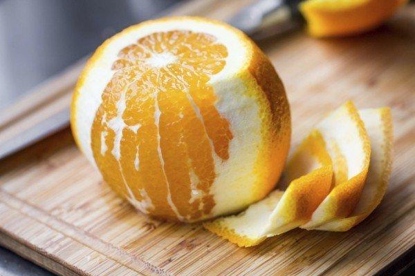 Апельсин и кожура от него