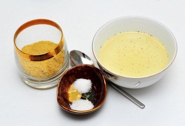 Горчичный порошок, соль и готовая мазь