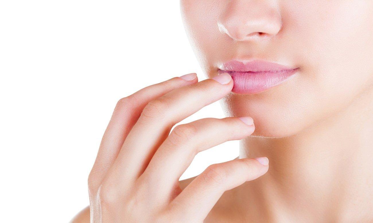 Как вылечить язвочки во рту с помощью растительных средств