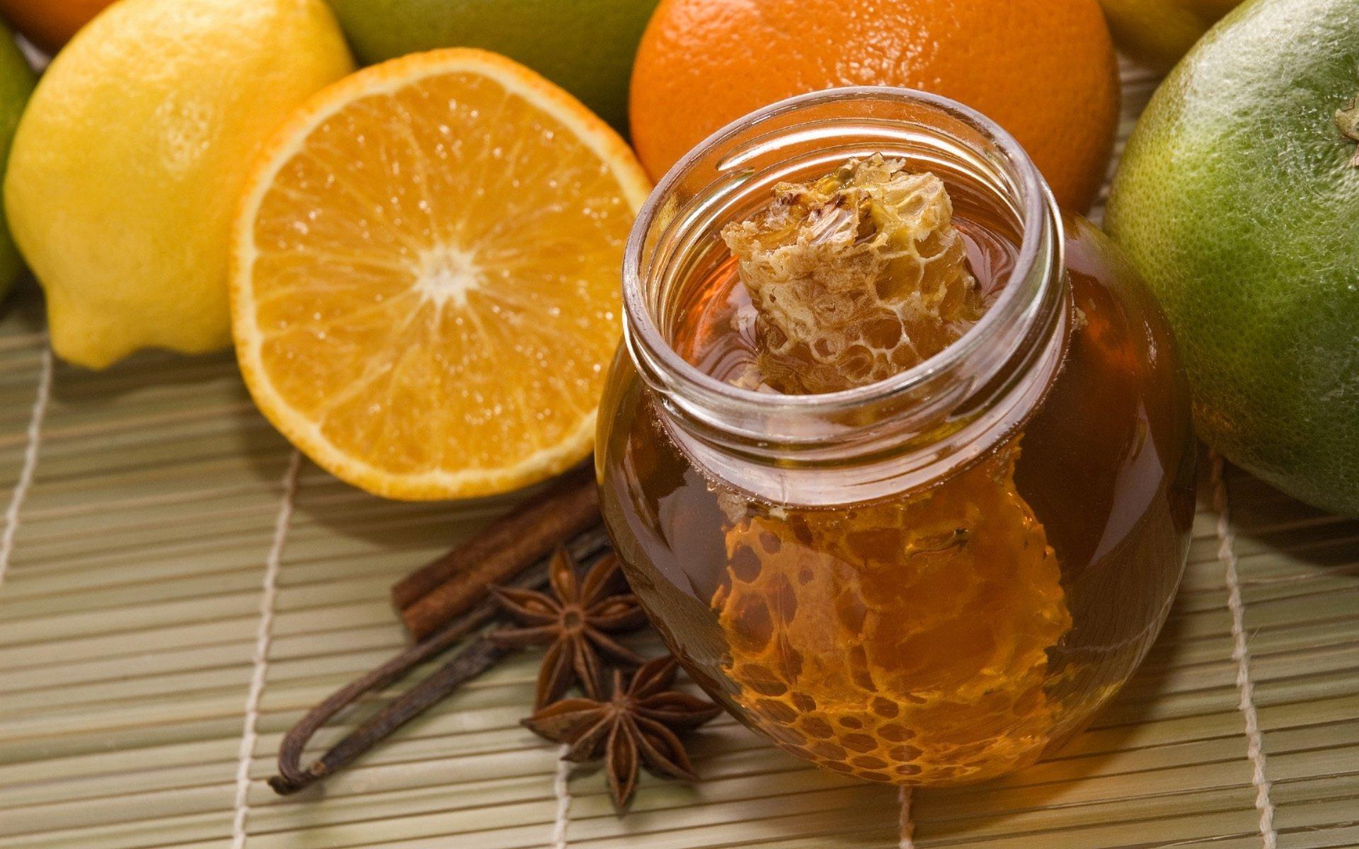 Проверенные способы лечения мастопатии мёдом и прополисом