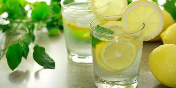 Содовый раствор с лимоном