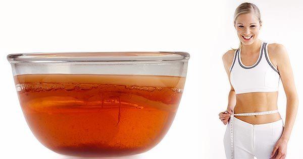 Чайный гриб и стройная девушка