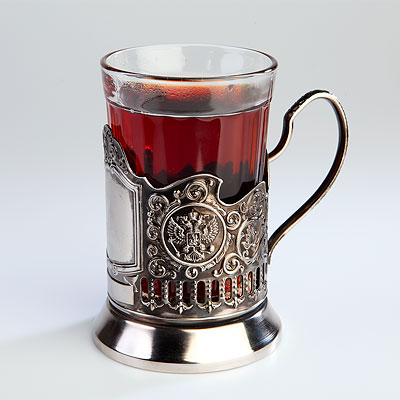 Чай в подстаканнике