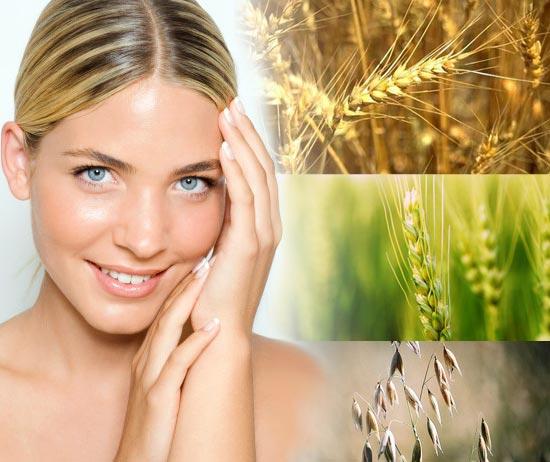 Лицо девушки, пророщенная пшеница