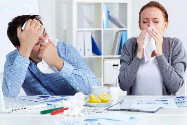 Заболевшие люди