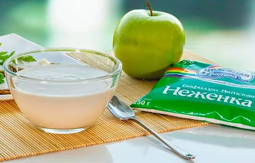 Яблоко и кисломочные продукты