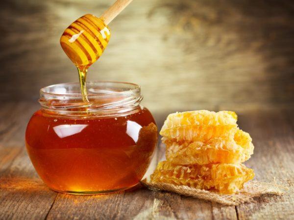 Мёд в банке и сотах