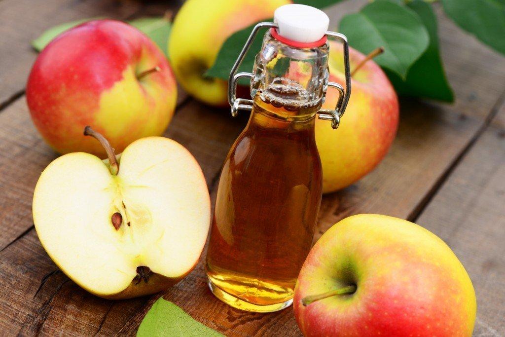 Яблочный уксус от перхоти как применять – отзывы по использованию, рецепты как избавиться от перхоти и провести лечение с помощью уксуса в домашних условиях