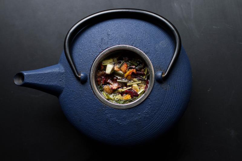 Монастырский чай от остеохондроза: уловка мошенников или чудо-лекарство?