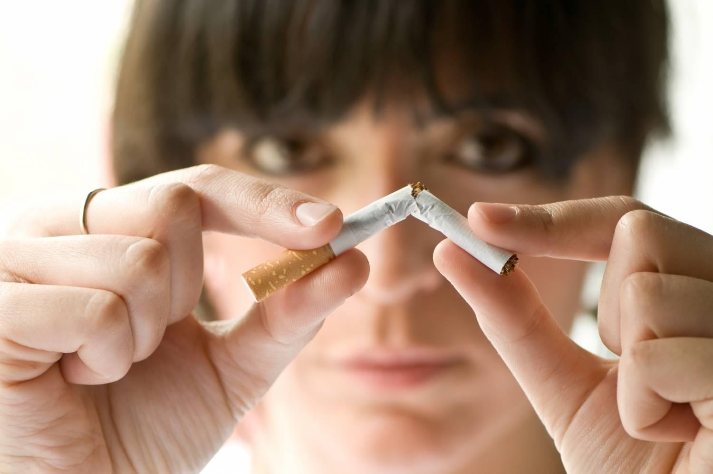Как бросить курить при помощи народных средств?